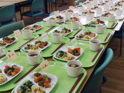 障がい者施設の昼食